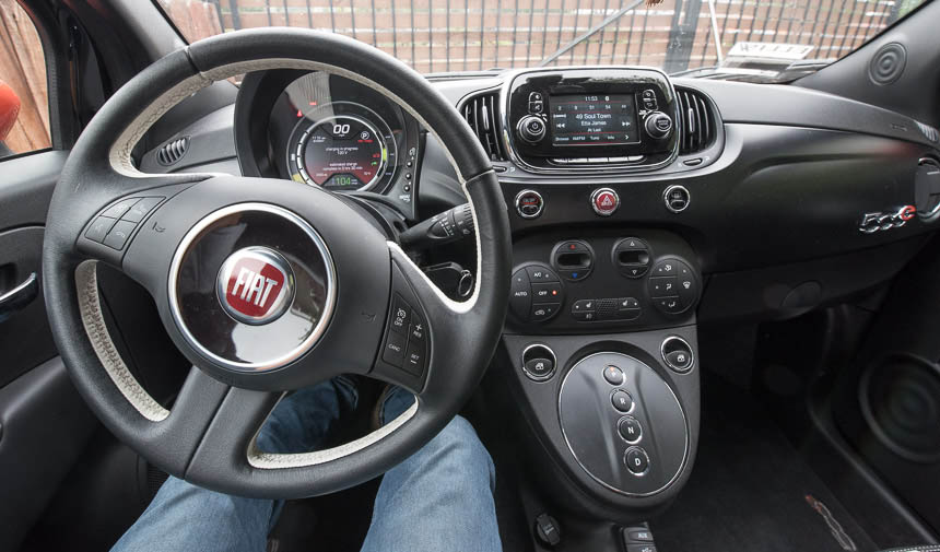 Fiat 50e steering wheel and dashboard